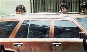 maradona shoots reporters