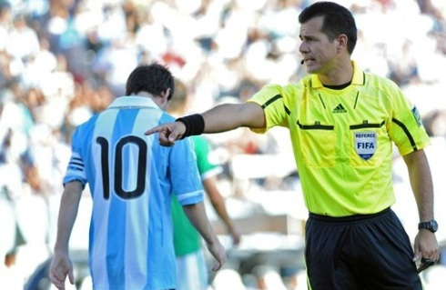 Carlos Vera - Argentina vs Bolivia Referee
